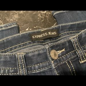 Express jeans size 2, Boot cut low rise